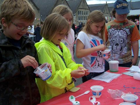 We can run science workshops for guides, kids clubs, scouts, charities etc.